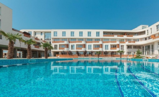 2-Bed condo near beach in Bourgas