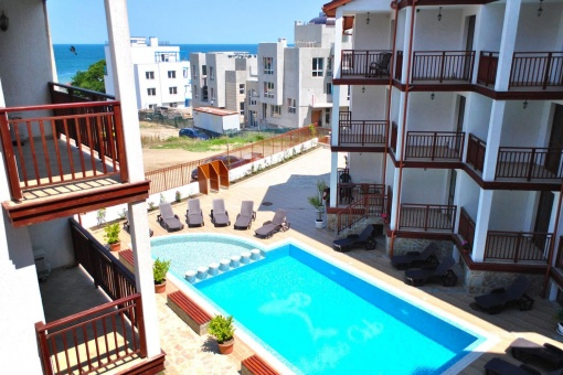 Seaview condo with low price in Lozenets